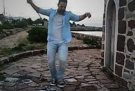 """Στις ομορφιές της Λέσβου το νέο video clip """"Άϊντε"""" του Πάνου Γαληνού!"""