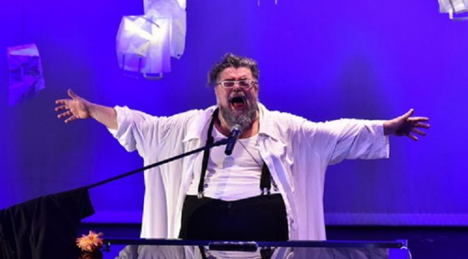 Μια μουσική βραδιά με τον Σταμάτη Κραουνάκη φιλοξενεί το Φεστιβάλ Ρεματιάς 2017 – Νύχτες Αλληλεγγύης, την Πέμπτη 13 Ιουλίου.