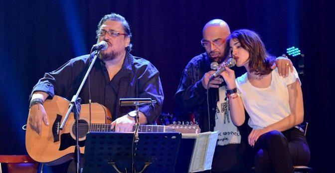 Λαυρέντης Μαχαιρίτσας, Γιάννης Ζουγανέλης και Παυλίνα Βουλγαράκη, σήμερα 19 Ιουλίου, ώρα 9.00μμ, στο Αίθριο Θέατρο (Λ. Κηφισίας 219), στο Μαρούσι.