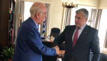 Η συμβολή και ο ρόλος της Τοπικής Αυτοδιοίκησης στην αντιμετώπιση του Προσφυγικού προβλήματος, βρέθηκε στο επίκεντρο της πρώτης συνάντησης του Προέδρου ΚΕΔΕ Γ. Πατούλη με τον ΥπουργόΜεταναστευτικής Πολιτικής Δ. Βίτσα.