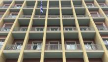 """""""Παρά το κοινό αίτημα της Αυτοδιοίκησης Πρώτου και Δεύτερου Βαθμού να υπάρξει δίμηνη διαβούλευση, το Υπουργείο Εσωτερικών αποφάσισε να περιορίσει το διάλογο στο ασφυκτικό διάστημα μέχρι τις 14 Μαΐου"""" αναφέρει η ανακοίνωση της ΚΕΔΕ και συνεχίζει:"""
