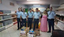Οι αστυνομικοί του Τμήματος Χαλανδρίου με δική τους πρωτοβουλία, συγκέντρωσαν, και παρέδωσαν οι ίδιοι, τρόφιμα για τους ωφελούμενους του Κοινωνικού Παντοπωλείου-Συσσιτίου.