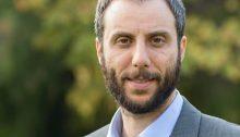 """Την προεκλογική του εκστρατεία, με εκδήλωση-ομιλία στο Πνευματικό Κέντρο Βριλησσίων (Κισσάβου 11), αύριο Κυριακή 25 Νοεμβρίου στις 11:30 π.μ., ξεκινά ο υποψήφιος δήμαρχος Βριλησσίων, επικεφαλής της παράταξης """"Νέα Πνοή για τα Βριλήσσια"""",Γιάννης Πισιμίσης."""