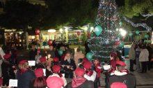 Την Παρασκευή 7 Δεκεμβρίου σήμανε η επίσημη έναρξη των Χριστουγεννιάτικων εκδηλώσεων του Δήμου Πεντέλης υπό την αιγίδα του Δημάρχου Πεντέλης Δημήτρη Στεργίου Καψάλη με το άναμμα του Χριστουγεννιάτικου Δέντρου στην πλατεία του Αγ. Γεωργίου της Δ.Κ. Μελισσίων.