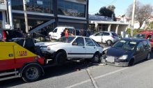 Τροχαίο ατύχημα πριν από μια ώρα περίπουστην οδό Αναπαύσεως, στα Βριλήσσια.