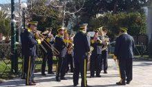 """Το Σάββατο 2 Μαρτίου 2019 η Φιλαρμονική """"Ανδρέας Κατεβαίνης"""" του Δήμου Κηφισιάς στις 14:00 στη συμβολή των οδών Κολοκοτρώνη και Λεβίδου, θα παρουσιάσει ένα πλούσιο μουσικό πρόγραμμα δίνοντας ένα γιορτινό χρώμα και χαρούμενη διάθεση στην καρδιά του εμπορικού κέντρου."""