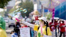 Ο παραδοσιακός θεσμός των «Ανθεστηρίων», της παρέλασης σχολείων του Δήμου Κηφισιάς, με στολές λουλουδιών, αναβιώνει το Σάββατο 11 Μαΐου στις 11.00 το πρωί, στα πλαίσια της 65ης Ανθοκομικής Έκθεσης Κηφισιάς, με πρωτοβουλία του προέδρου Γιάννη Παντελεάκη.
