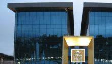 Σε άμεση εκκένωση του «Golden Hall» προχώρησε η διεύθυνση του εμπορικού κέντρου στο Μαρούσι, έπειτα από ενημέρωση για επισκέπτη – πιθανό φορέα του κορονοϊού.