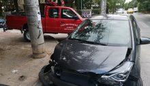 Τροχαίο πριν από λίγη ώρα στα Βριλήσσια, σε ένα σημείο που, δυστυχώς συχνά, συμβαίνουν ατυχήματα.