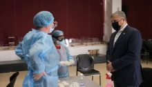 «Τιμούμε σήμερατο αξιόμαχο υγειονομικό μας προσωπικό που με αυταπάρνηση στάθηκε και στέκεται δίπλα στον πολίτη και στον ασθενή, προσφέροντας την κρίσιμη αυτή ώρα πολύτιμες υπηρεσίες»